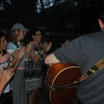 tn_BBQ pic 4 crowd clapping to guitar